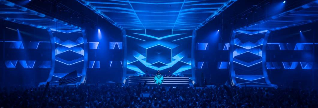 A State Of Trance Episode 897