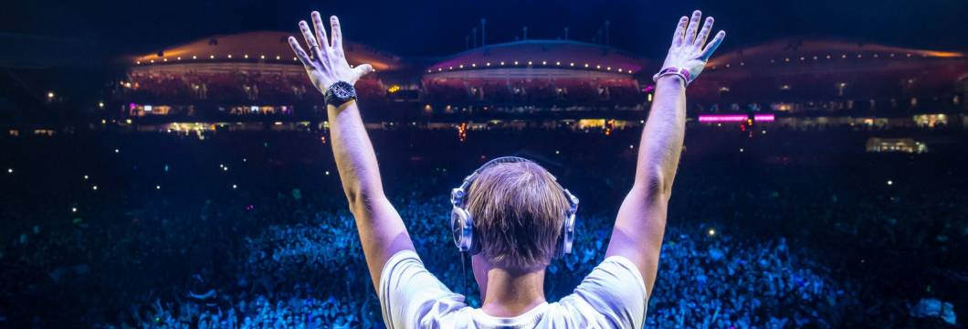 ASOT644: Tune of the Year 2013!