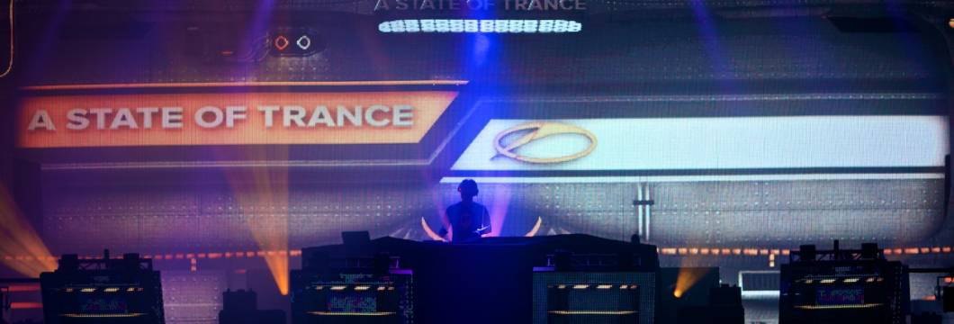 A State of Trance 650 Utrecht Warmup Set
