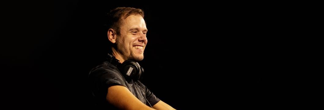 Armin van Buuren has special message for all ASOT listeners!